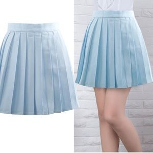Nasty gal glamorous baby blue pleated skirt